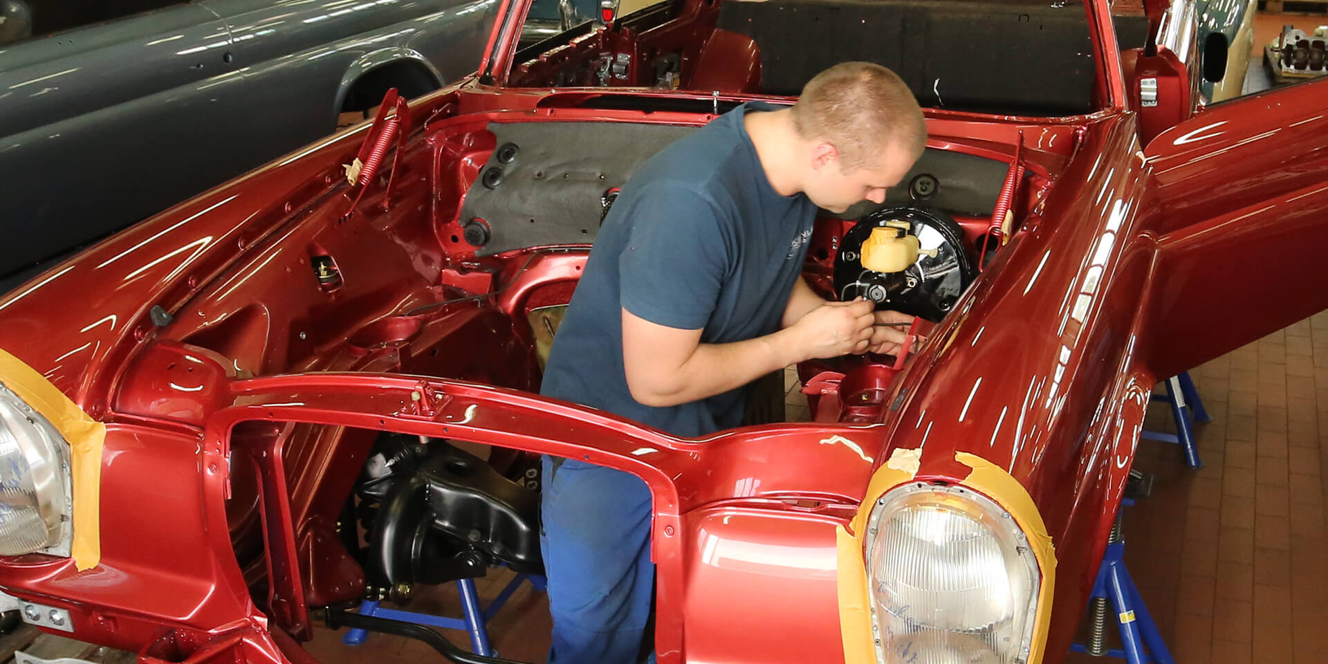 Vintage Mercedes cars – Kienle workshop – final assembly